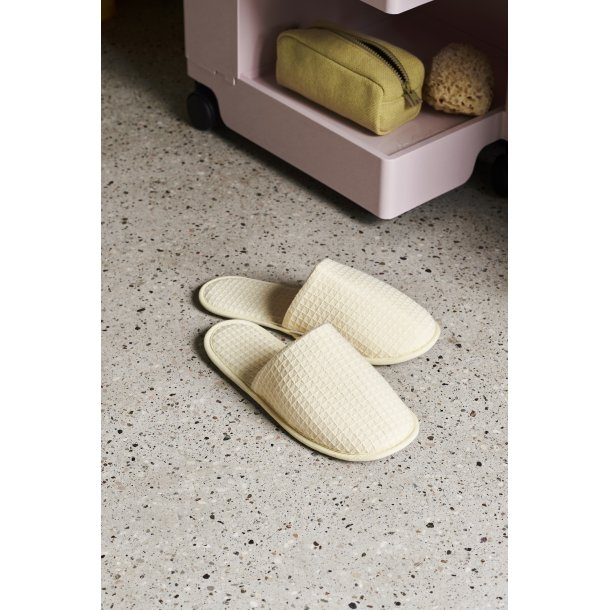 WAFFLE SLIPPERS