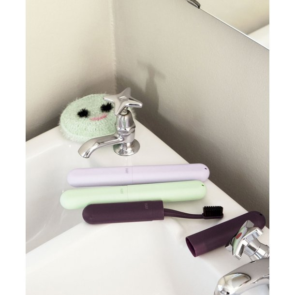 TOOTHBRUSH CONTAINER
