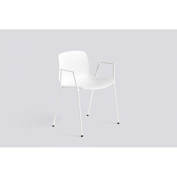 ABOUT A CHAIR / AAC 18
